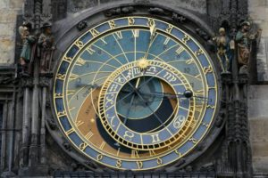 astronomical-clock-220128_1280