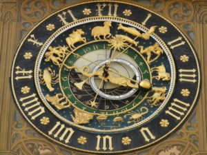 astronomical-clock-5706_1280