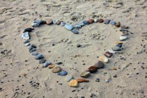 beach-193786_1280