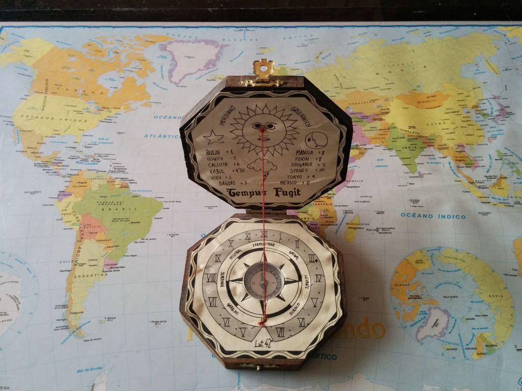 compass-737691_1280