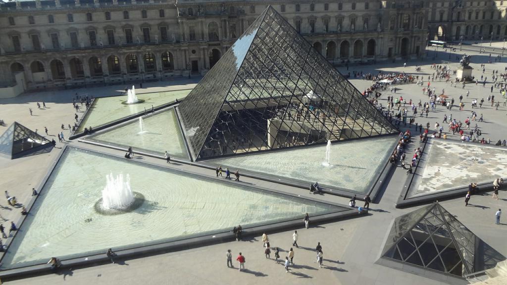 pyramid-495393_1280