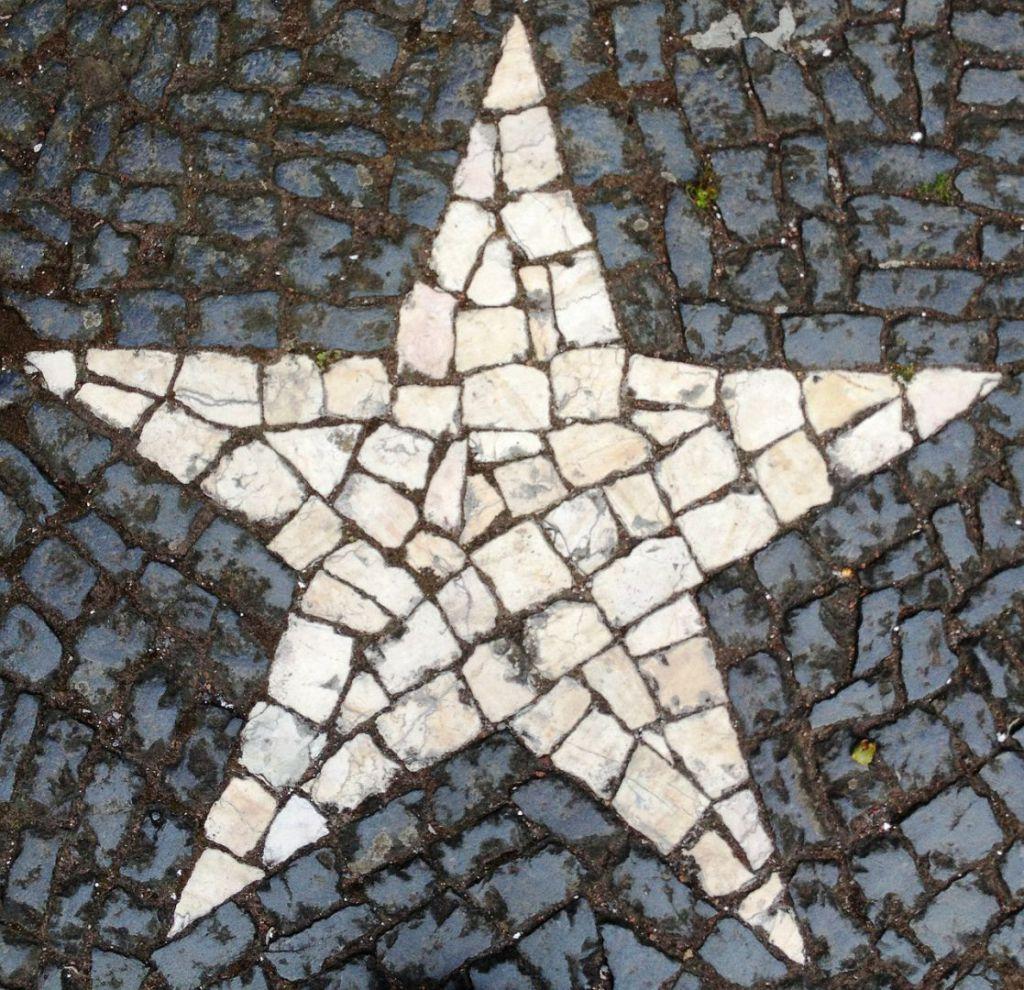 star-238177_1280