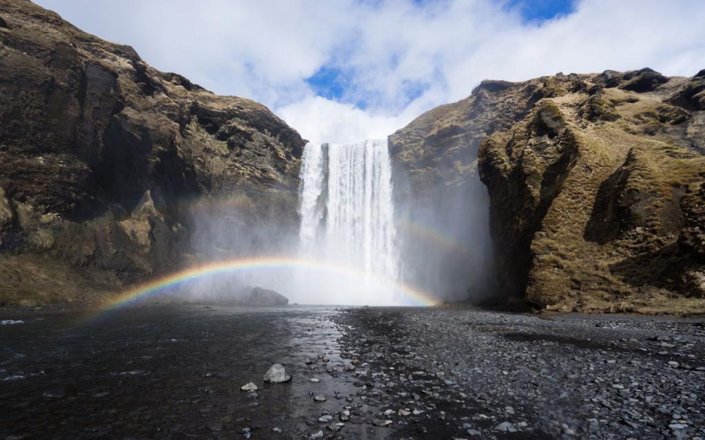 waterfall-983919_1920