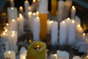 candle-630073_1280