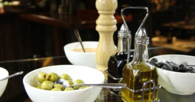 Bylinkami ochucený olivový olej