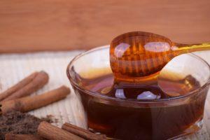 Vitaminový zázvorový sirup a likér s granátovým jablkem