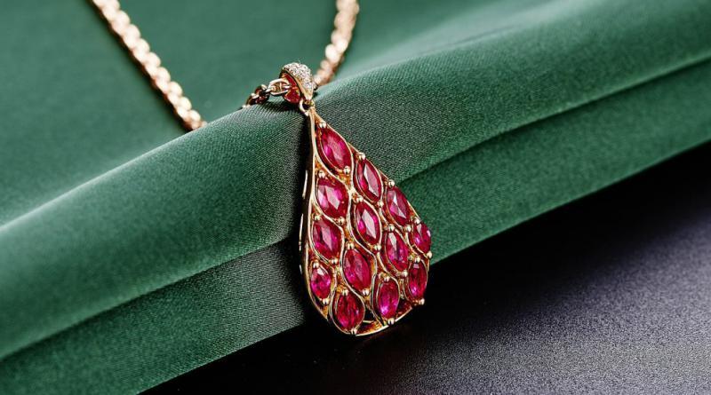 jewelry-625723_1280