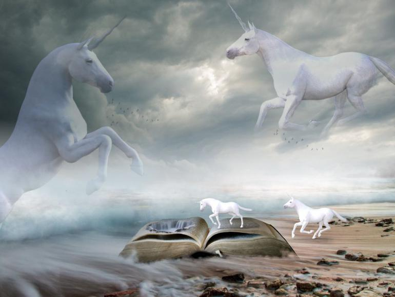 unicorns-1746639_1920