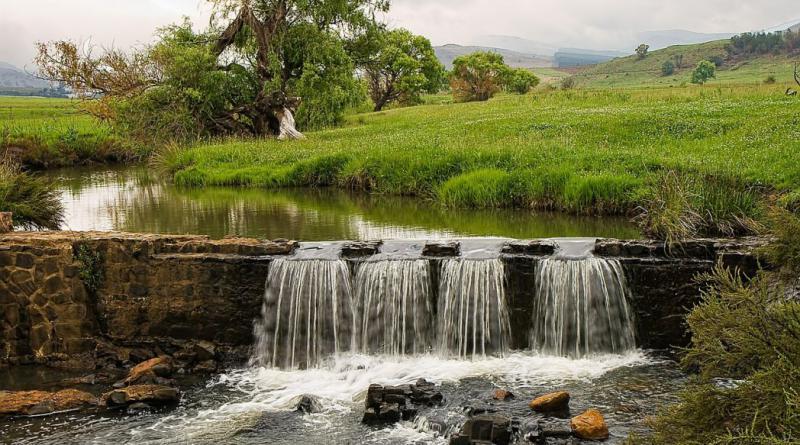 river-557928_1280