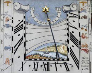 sundial-1076743_1920