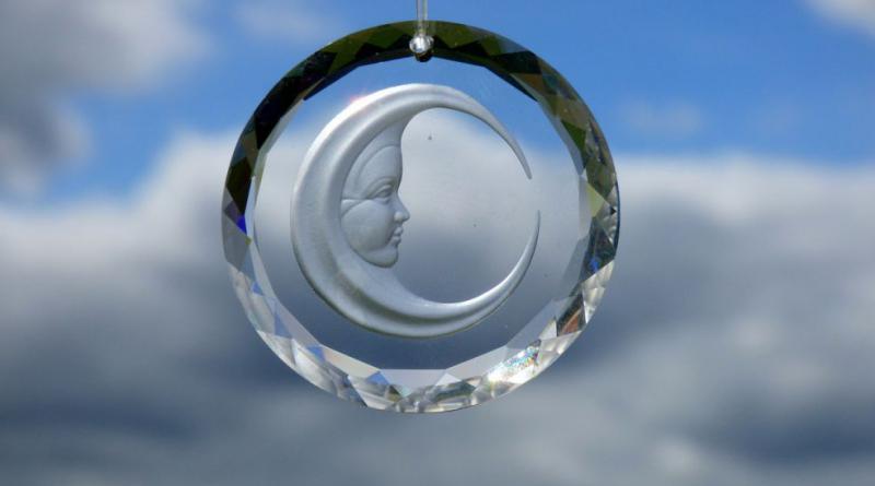 crystal-508241_1280