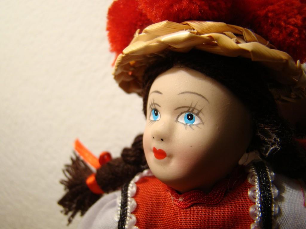 dolls-476890_1280