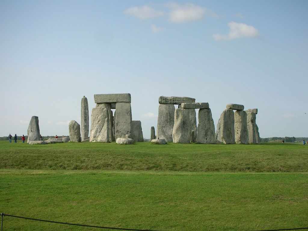 stonehenge-375850_1280