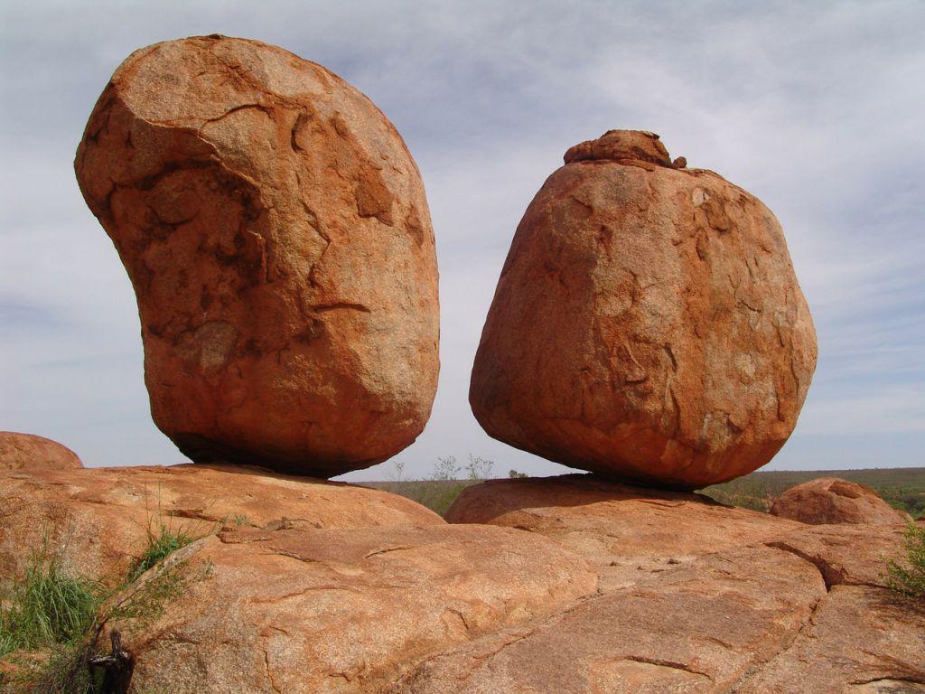 devil-stones-95903_1280