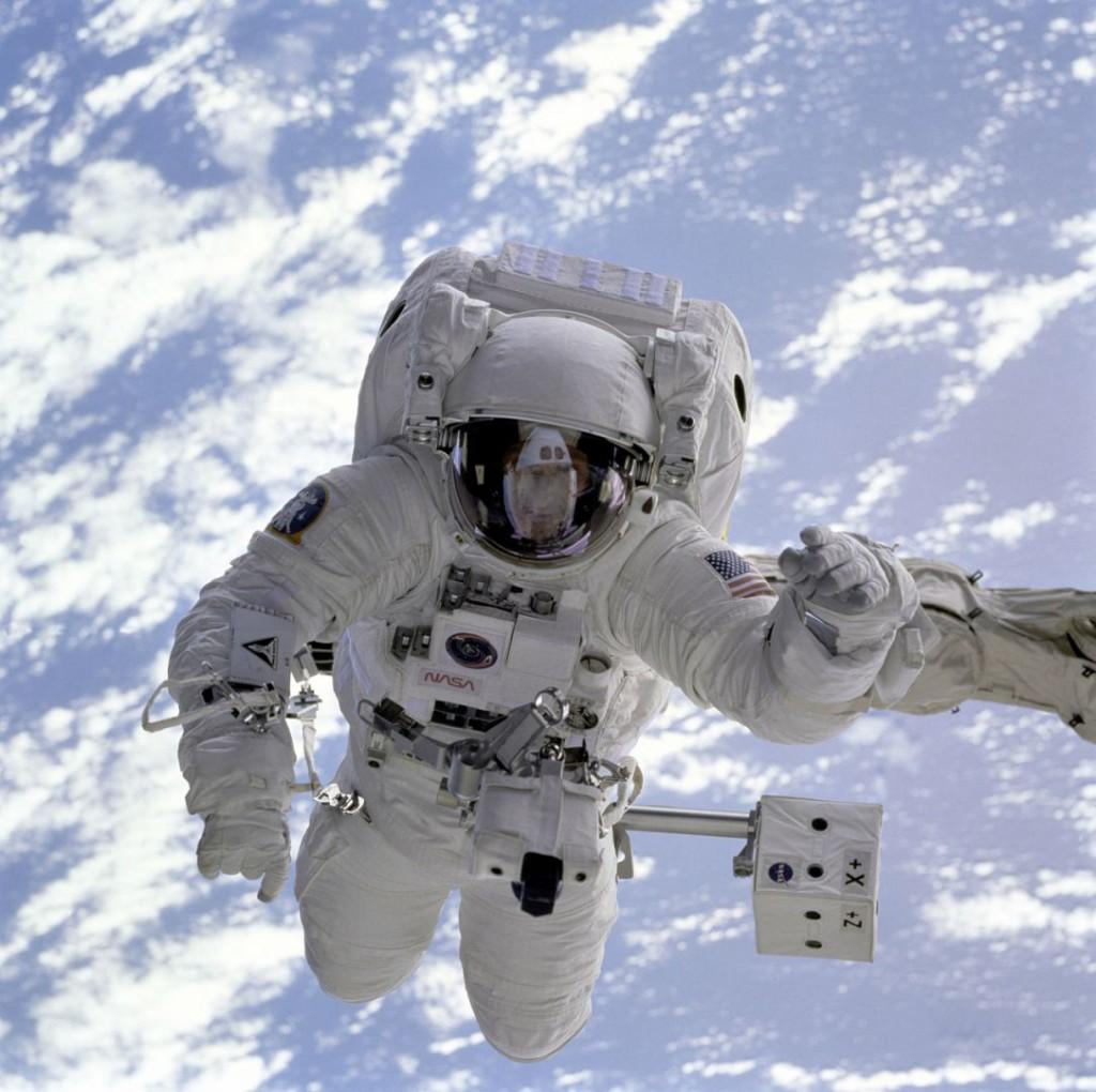 astronaut-11050_1280