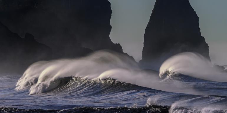 Moře kolektivní lásky versus síly temnot