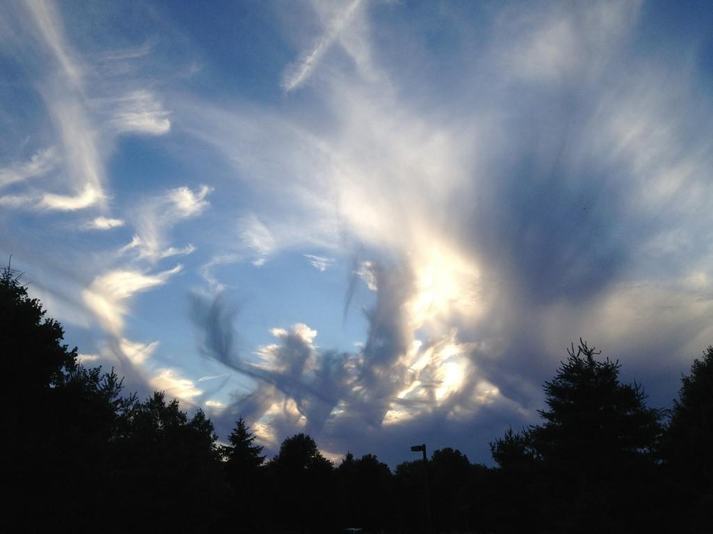 clouds-400643_1280