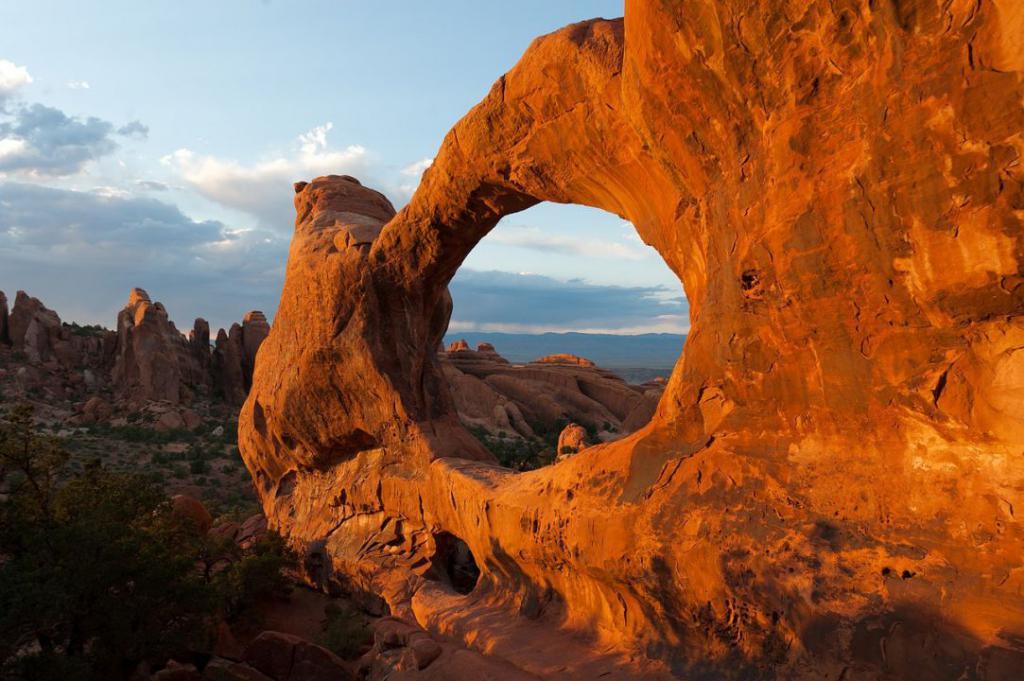 rock-arch-878903_1280