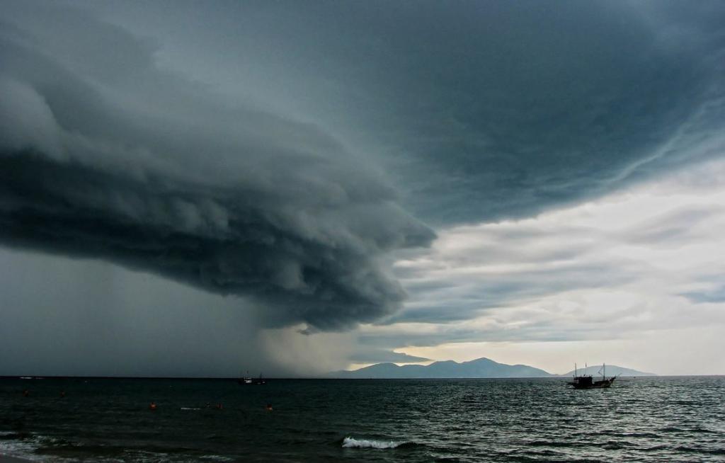 thunderstorm-164550_1280
