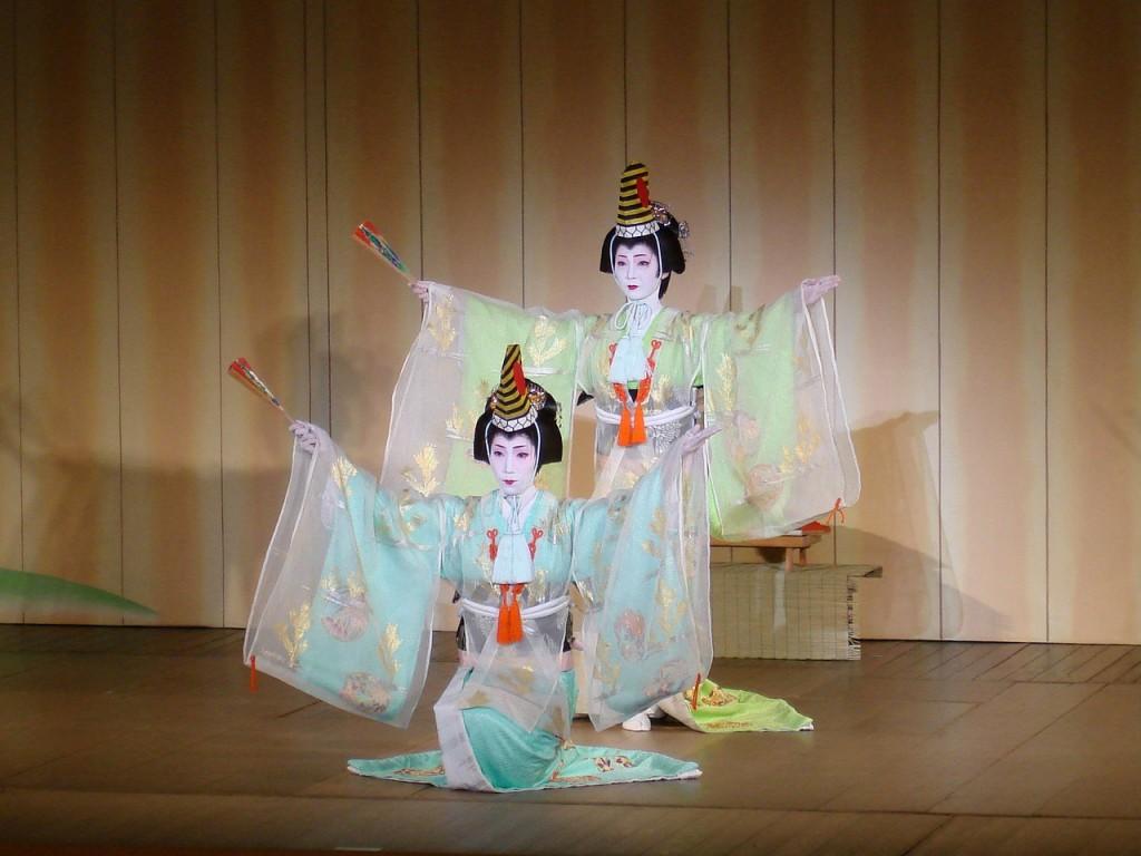 geisha-830921_1280
