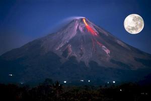 volcano-609101_1280