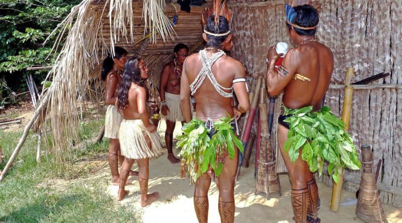 amazon-indians-69589_1920
