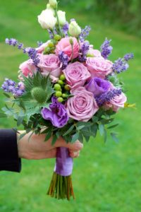 bridal-bouquet-764643_1920