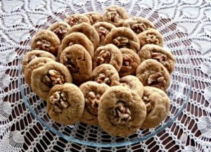 honey-cookies-1000638_1920
