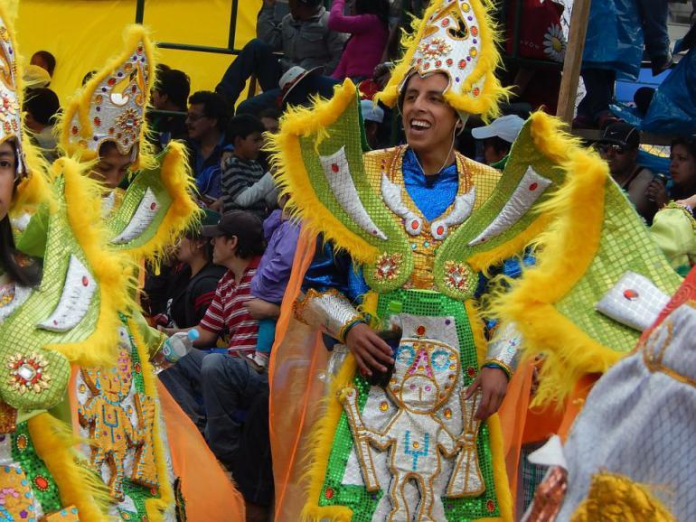 costumes-319410_1280