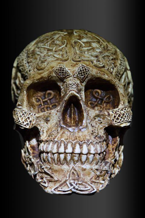 skull-and-crossbones-1362350_1920