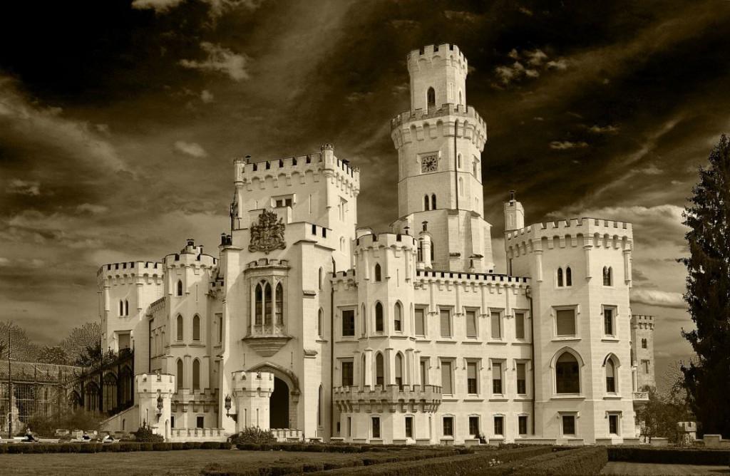 castle-852714_1920