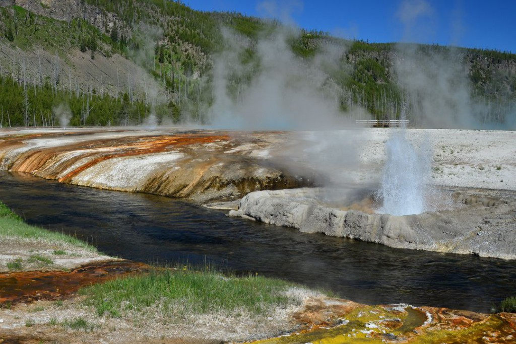 geyser-1072041_1920
