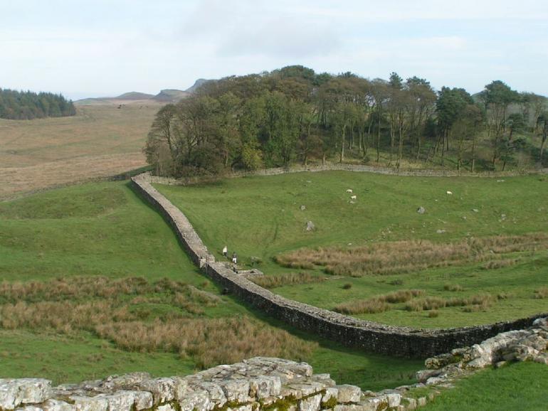 hadrians-wall-491184_1280