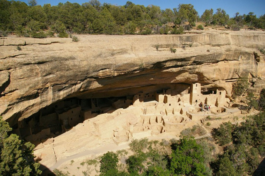 cliff-palace-422175_1280