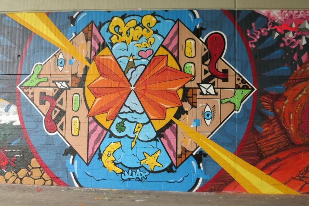 graffitti-224735_1920