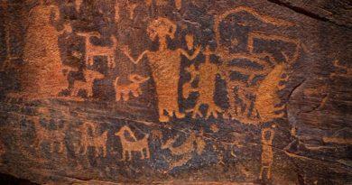 Petroglyfy - skalní umění a jeskynní malby