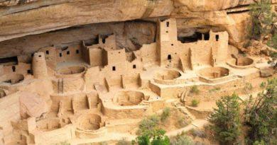 Indiáni Anasaziové a záhadné stavby