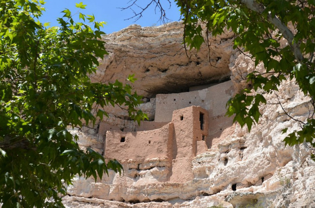montezuma-castle-national-monument-436735_1920