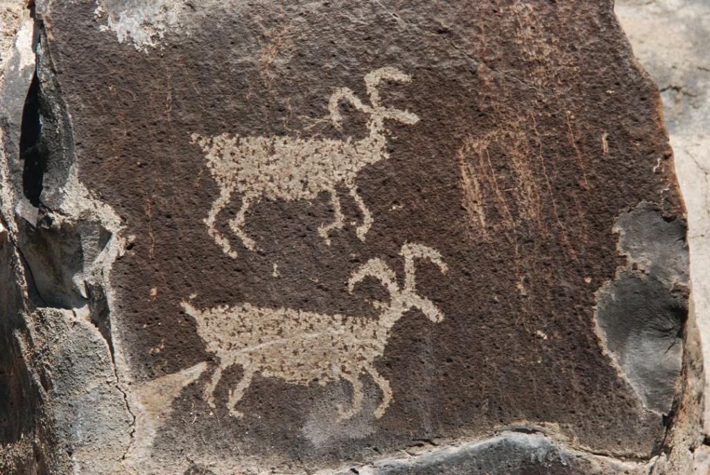 petroglyph-1574851_1920