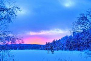 Země a tajemné modré nebe