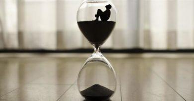 Měření pozemského času, atomové hodiny
