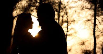 Láska a paralelní vztahy - začarované bludiště