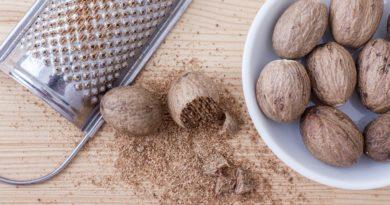 Muškátový oříšek - aromatické koření výrazné chuti