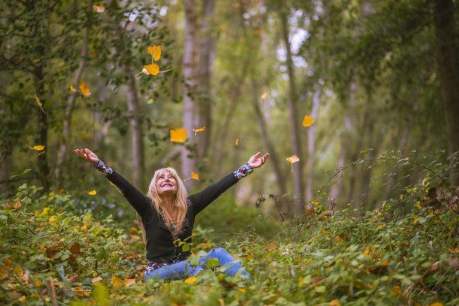Bojujete s nálepkou introverta, samotáře a podivína?