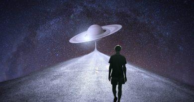 Stařeček Saturn a benjamín Pluto – astrologický náhled do blízké i vzdálené budoucnosti